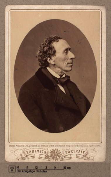 Un retrato de los muchos que Andersen se hizo tomar