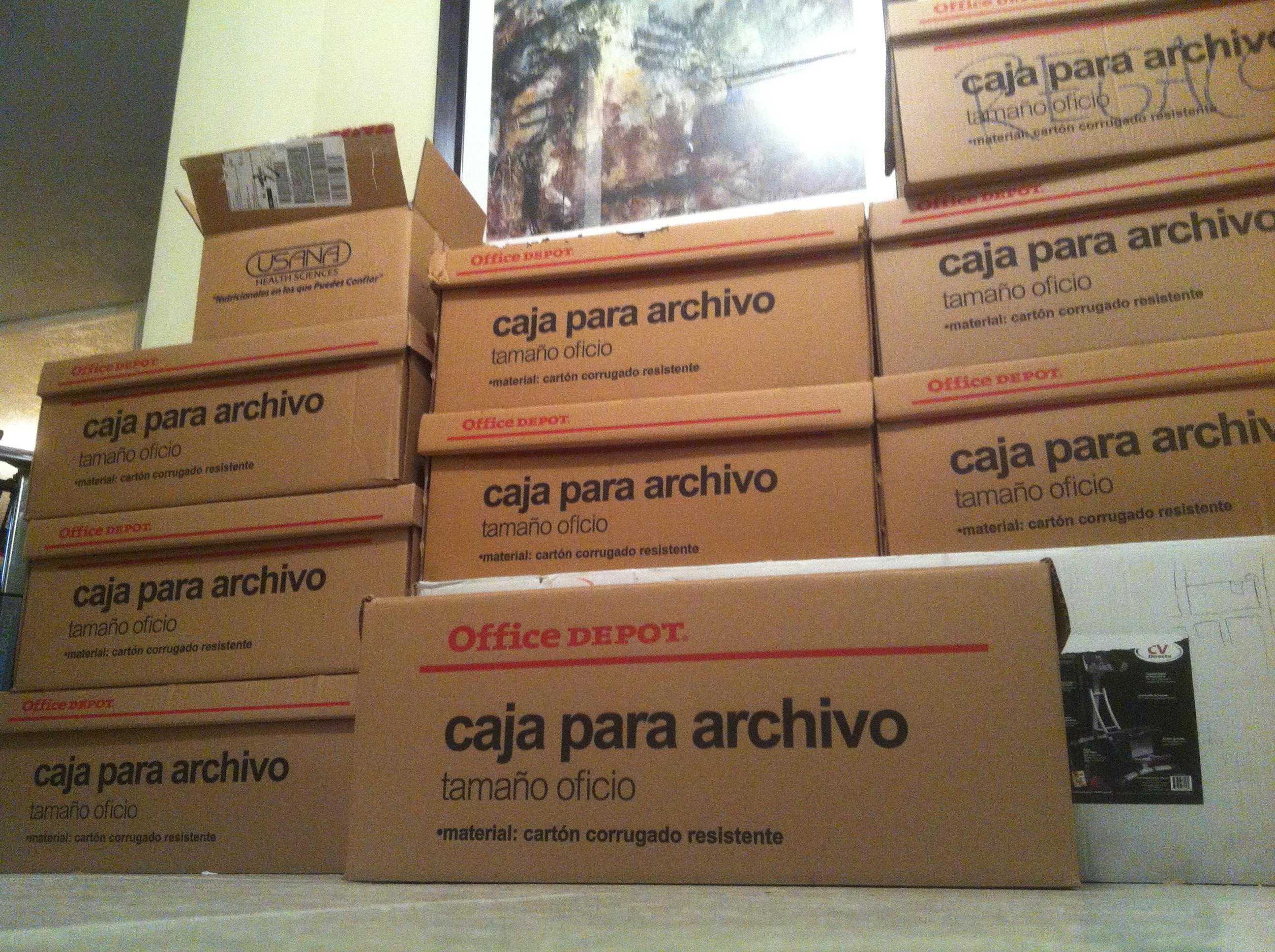 Diez cajas de libros que se van
